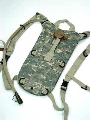 US Army 3L Hydration Water Backpack Digital ACU Camo