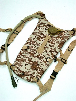 US Army 3L Hydration Water Backpack Digital Desert Camo