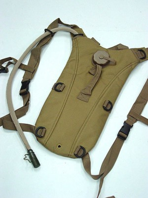 US Army 3L Hydration Water Backpack Coyote Brown